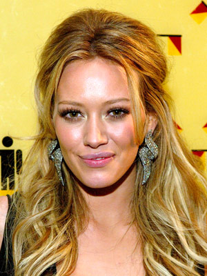 Hilary Duff Hairstyles on Hilary Duff Haircut And Hairstyles Pictures   Celebrity Hairstyle