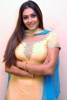 Namitha Kapoor Hairstyle - South Indian Actress Hairstyle Ideas