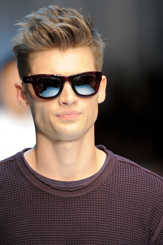 Mens Hairstyles Provenhair - Mens hairstyle undercut 2012